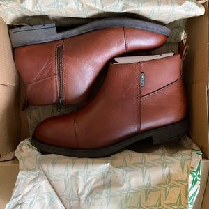 Eastland Chesile men's leather boots NEW size 10.5